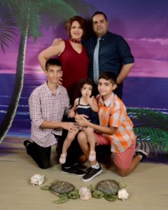 Photo of Omid Bazanjani and Family.